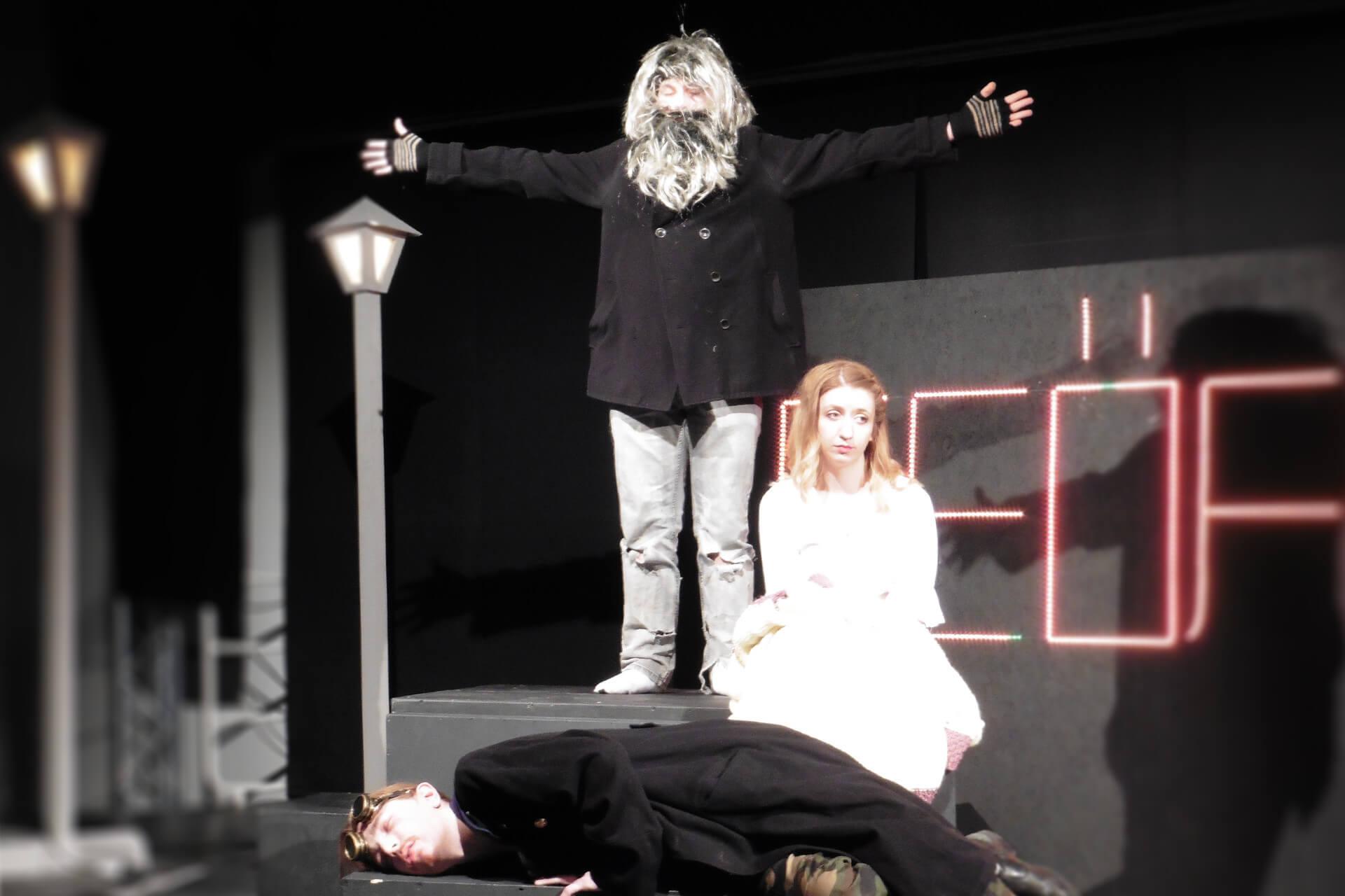 2017 03 31 Theater Draussen Vor Der Tuer Content Galerie 4