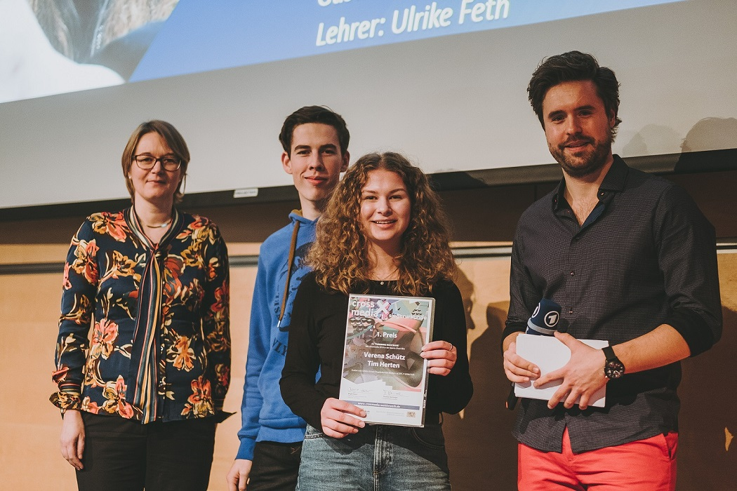"Filmreife Leistung – Platz Eins Bei ""crossmedia"""