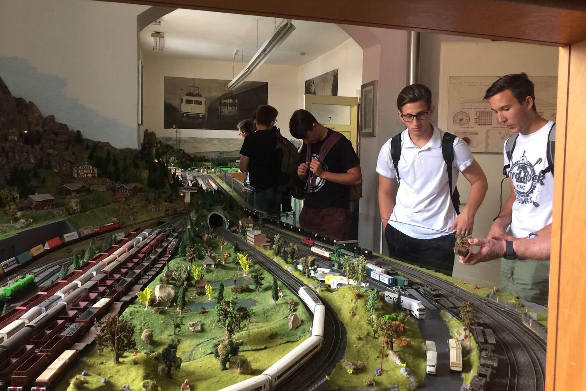 Einblicke in die Technik der Bahn